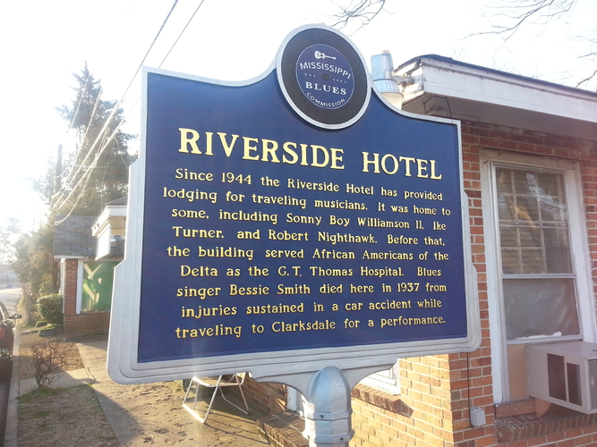 Riverside Hotel sign